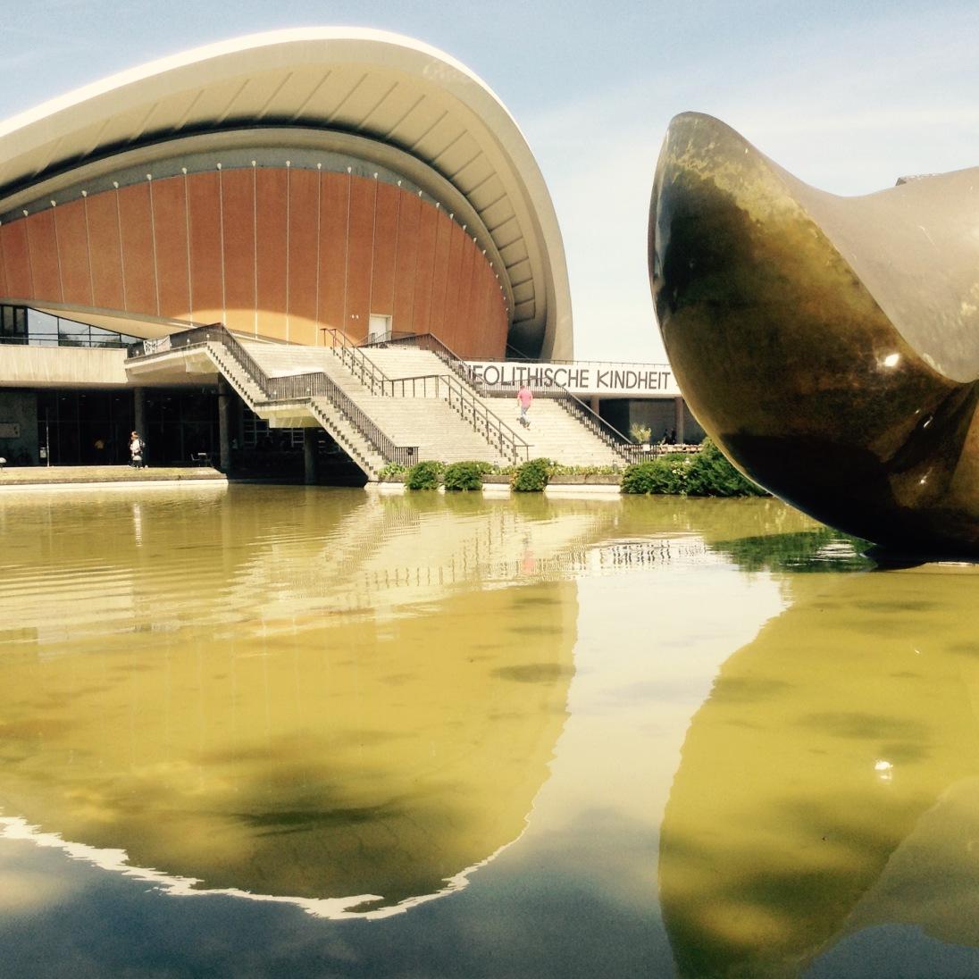 Henry Moore (Divided Butterfly): Kulturforum